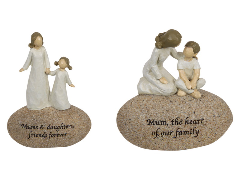12CM SENTIMENTAL MOTHER  AND CHILD ON ROCK WITH MUM 2 ASSTD